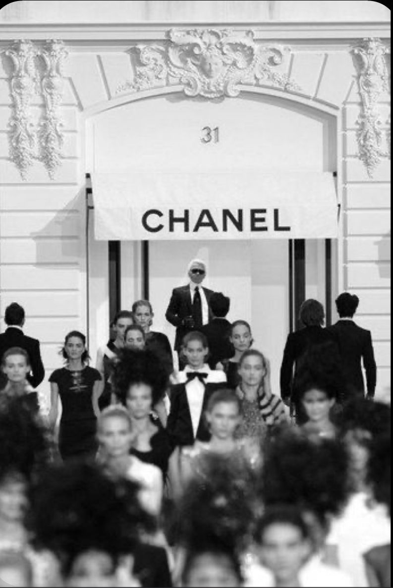 Chanel Karl Lagerfeld Chanel Black And White Aesthetic Paris Fashion Week Chanel Aesthetic white chanel wallpaper