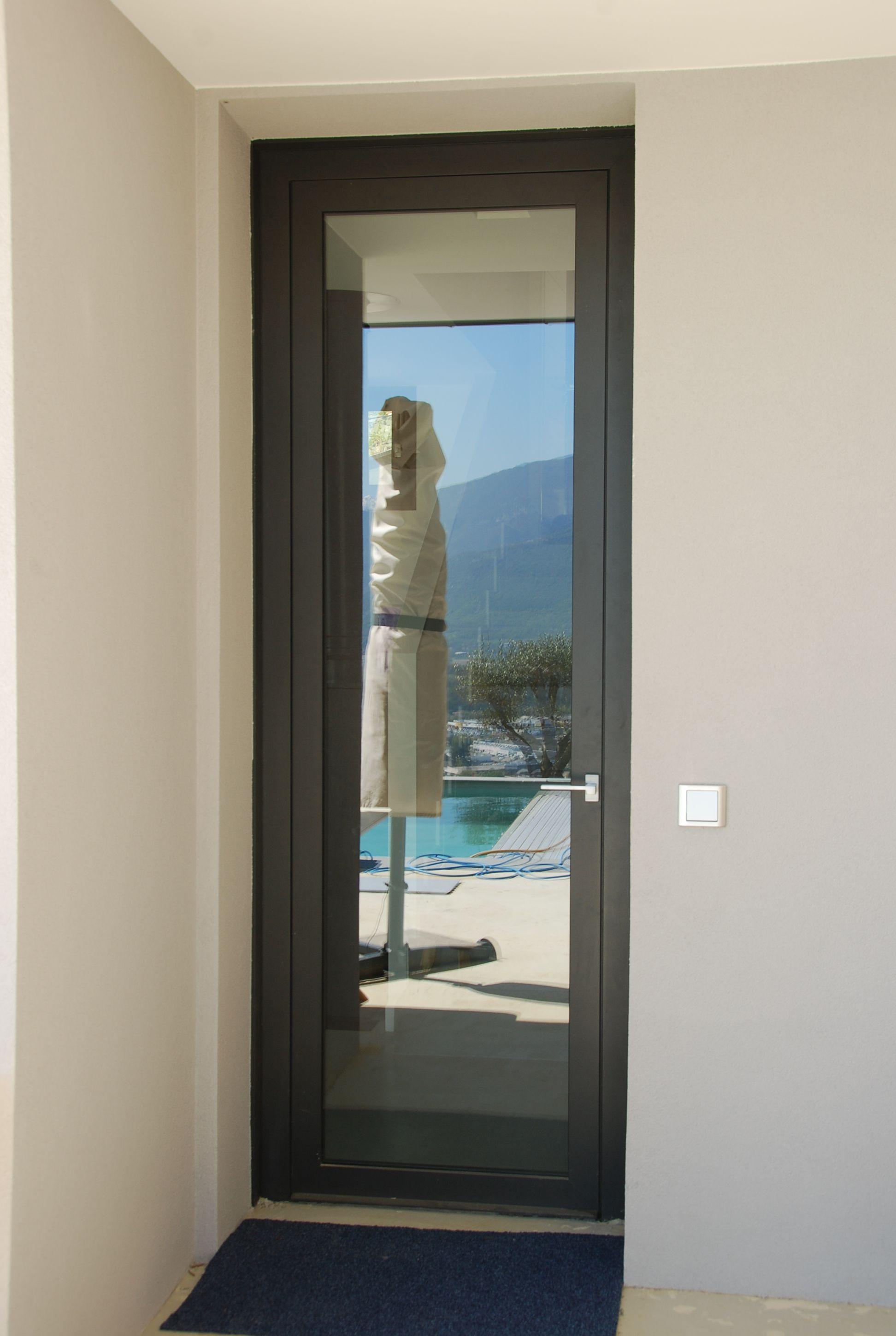covermetal porte d 39 entr e vitr e main door pinterest