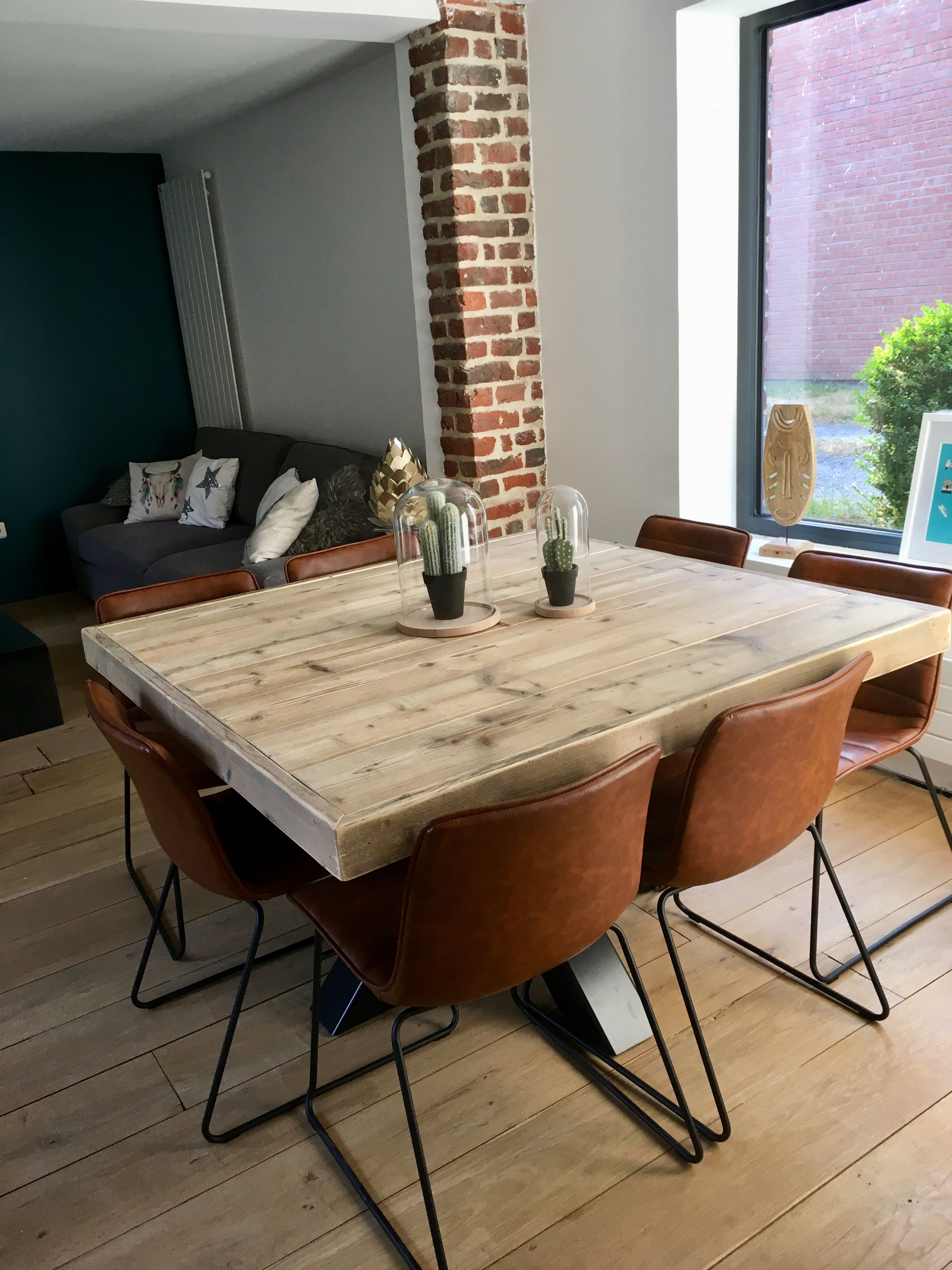 table carree bois recycle pied central
