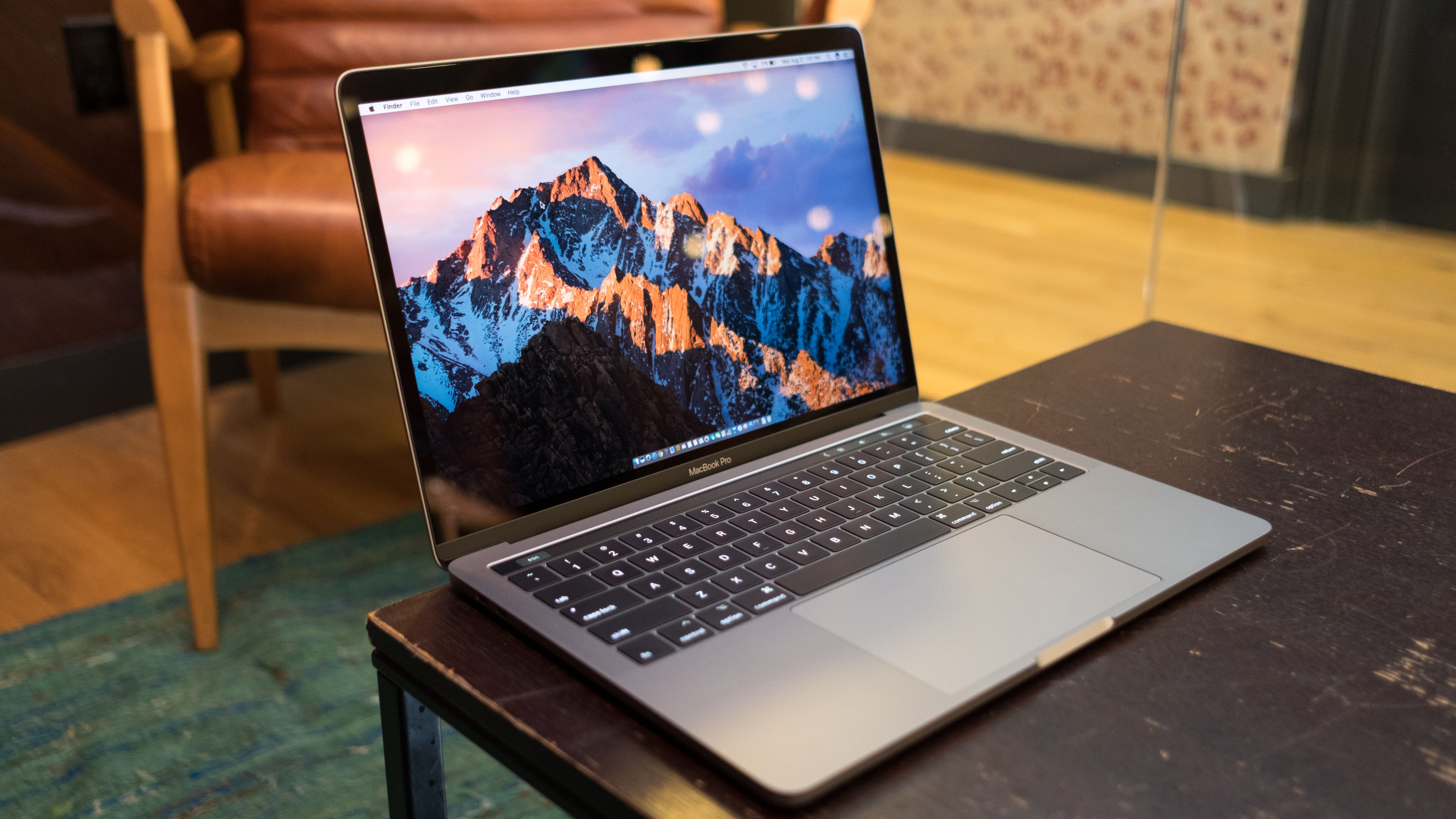 Delayed Macbook Delivery Dates Could Point To A Wwdc 2018 Refresh Best Laptops New Macbook Newest Macbook Pro