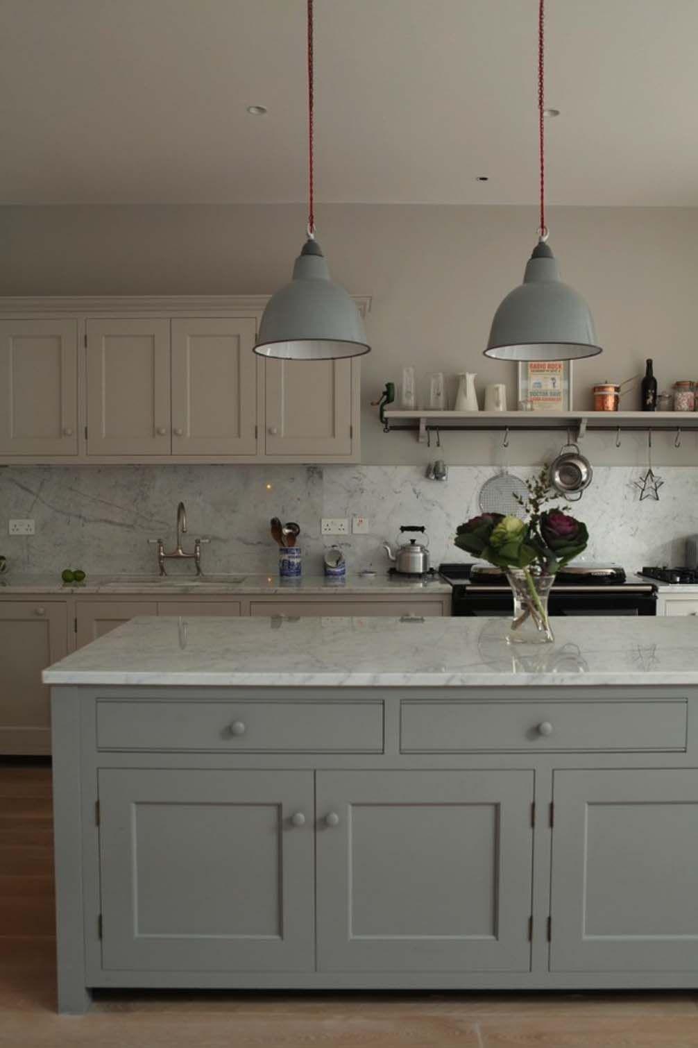 25 Breathtaking Carrara Marble Kitchens For Your Inspiration Carrara Marble Kitchen Kitchen Marble Kitchen Interior