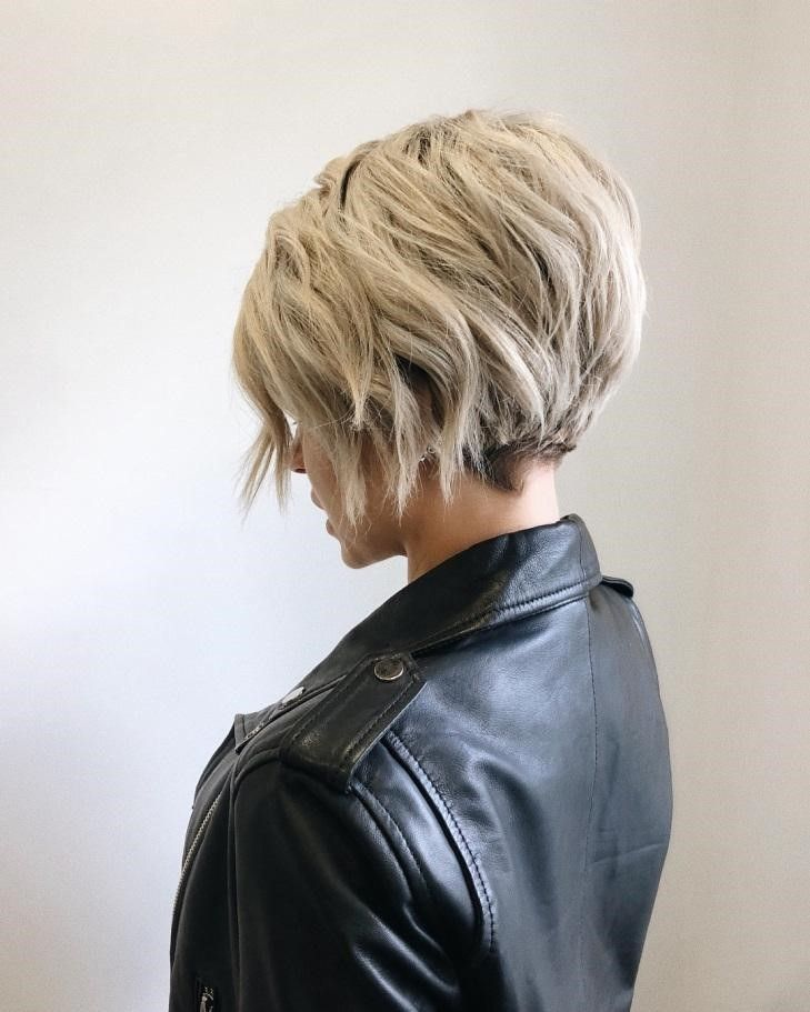 Gorgeous Short Layered Haircuts You Should Try
