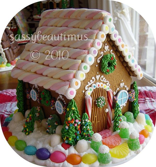 Gingerbread House - the back of this house pinned here also.