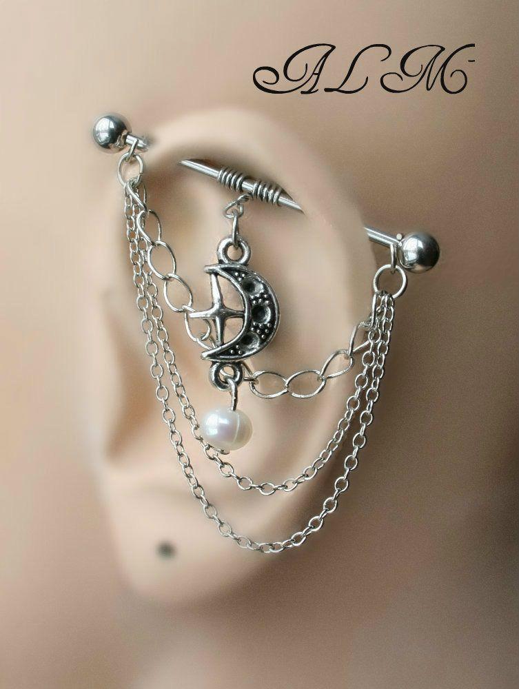 barre industrielle pour cartilage d 39 oreille double piercing avec lune et perle m2 piercing. Black Bedroom Furniture Sets. Home Design Ideas