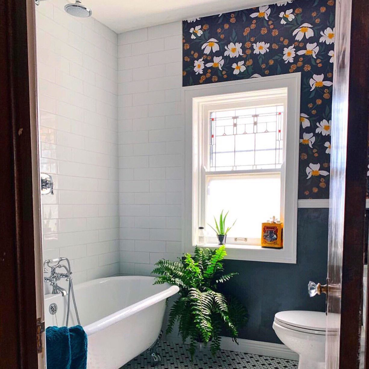 Can I Put Wallpaper In A Bathroom We Get This Question A Lot So We Created A Blog Post Addressi In 2020 Bathroom Decor Removable Wallpaper Bathroom Wallpaper