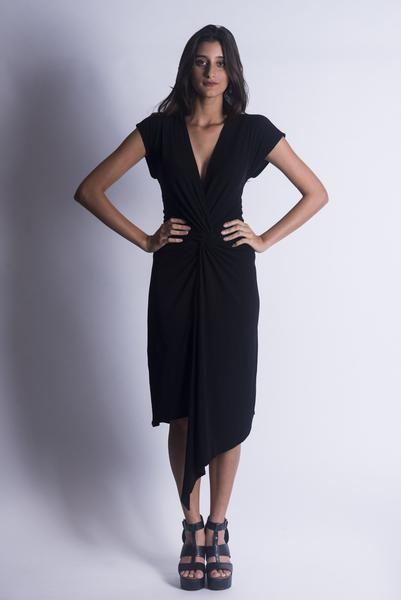 Vestido Torcido preto