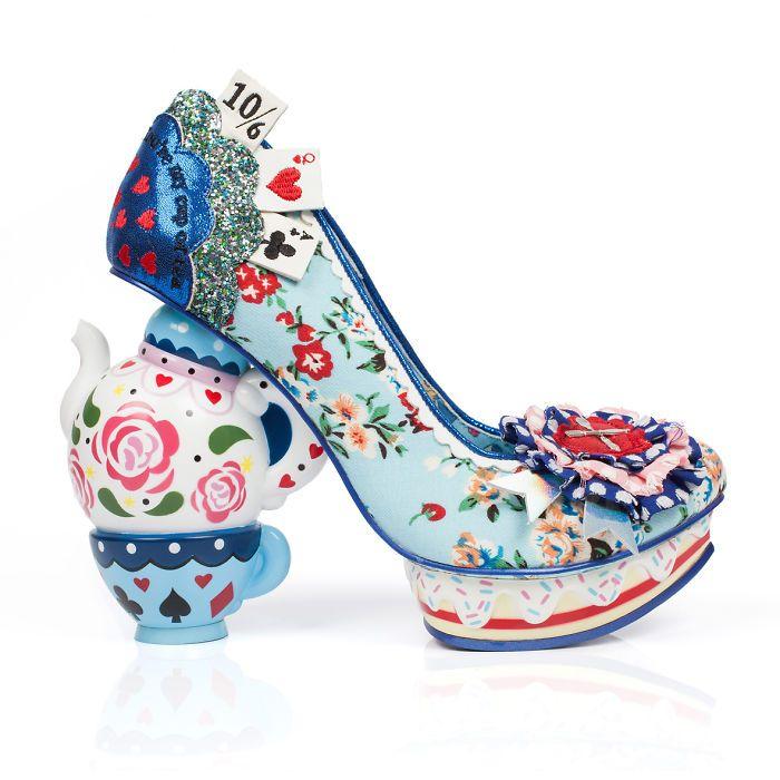 Sapatos Inspirados Em Alice No Pais Das Maravilhas Colecao De