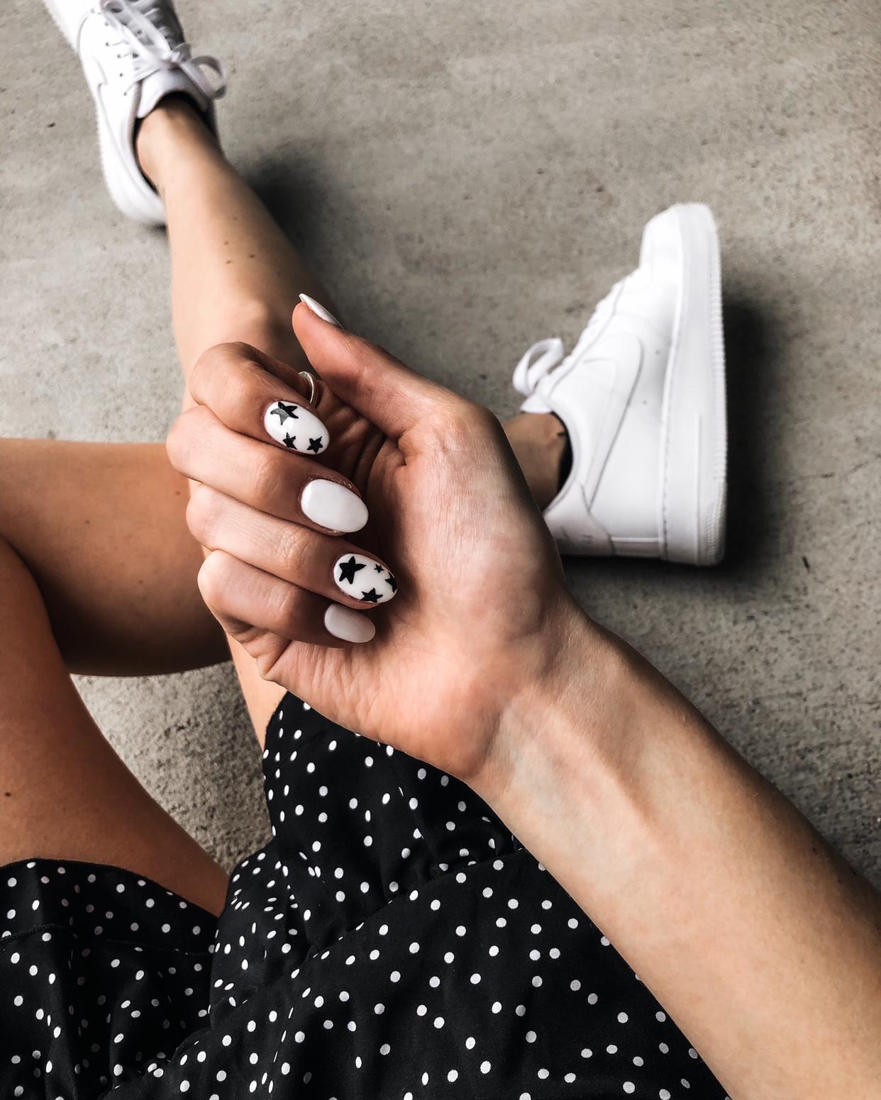 Star Nail Inspiration Star Nails Black And White Nail Designs Nails Inspiration