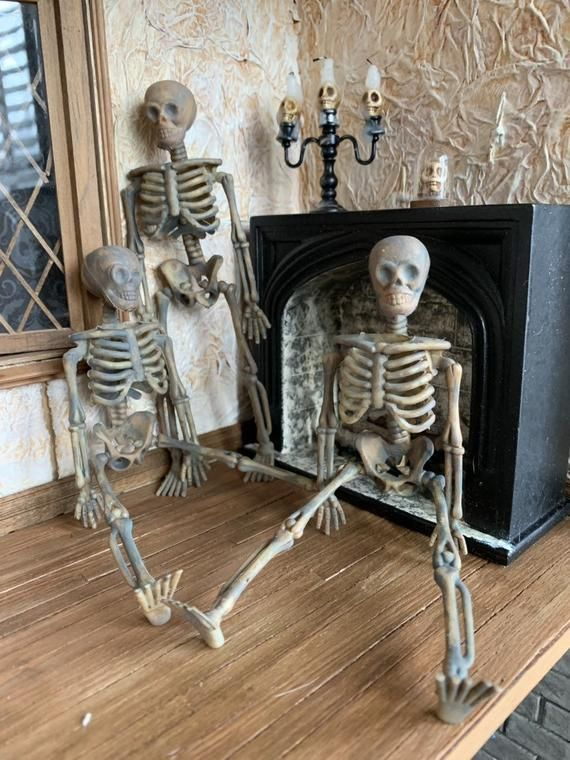 Articulated Aged Miniature Skeletons in One Inch Scale for a Haunted Dollhouse, Graveyard, or Dungeo #haunteddollhouse