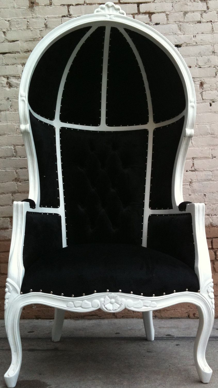 Black U0026 White Porters Chair King Queen Diva Throne Egg Hooded Chair French  Glamor. $894.00
