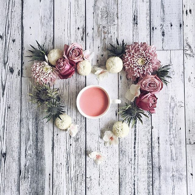 Pink Monday with a cuppa strawberry milk | Definitely in a holiday mood already ~can't hardly wait for Christmas! Who's with me? Haha  Happy Monday my friends!  . #pink #cupsinframe #flowerstalking #flatlay