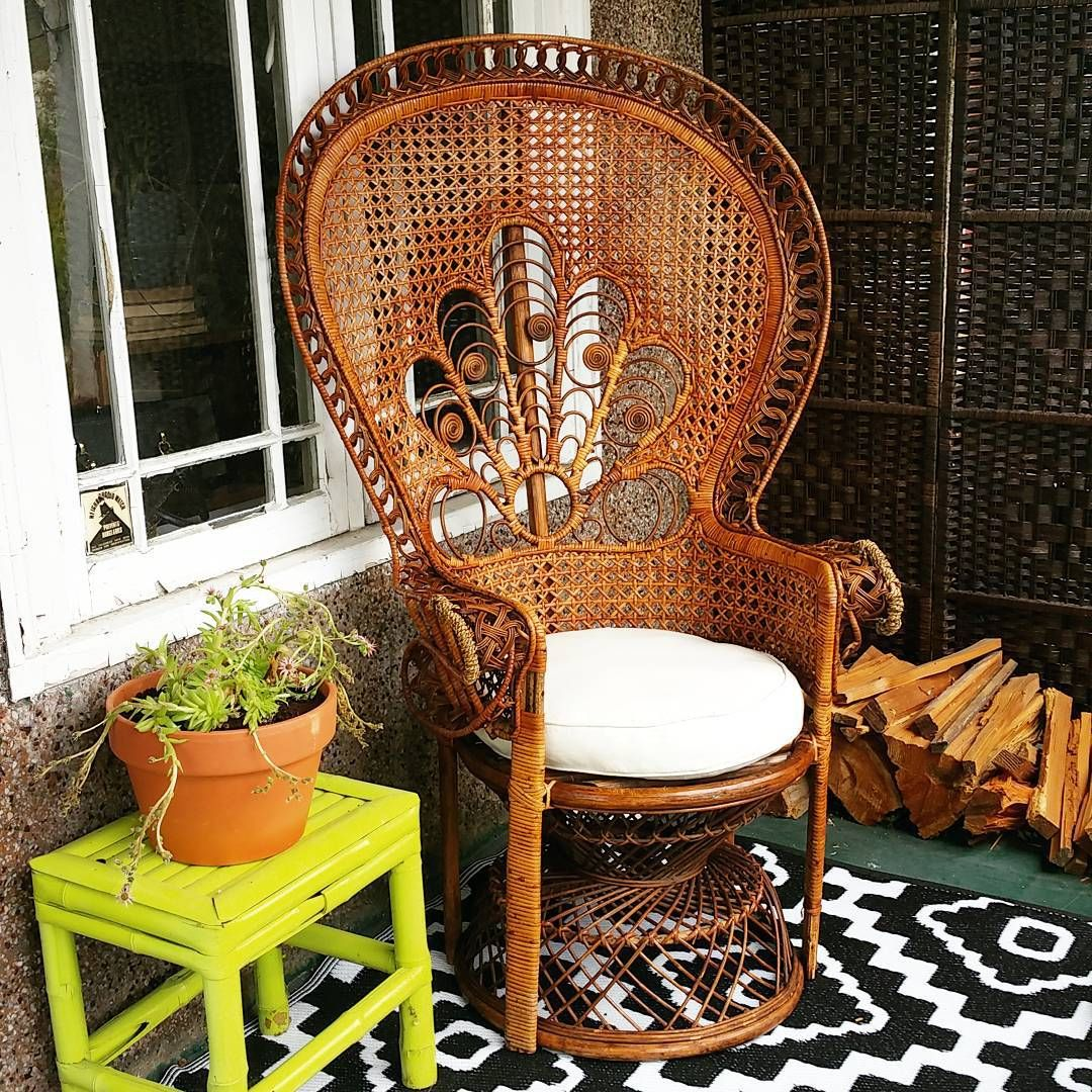 Tijana Popovic On Instagram Craigslist Find 20 Peacock Wicker Chair Wicker Peacockchair Craigslistfinds Craigslist Wicker Chair Wicker Cozy Patio