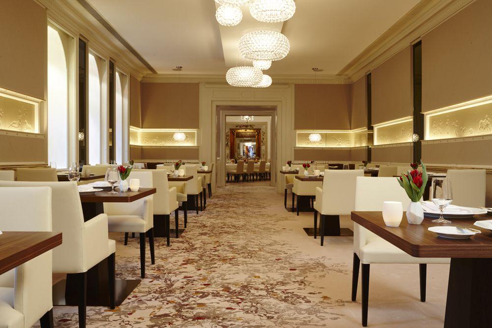 Schwarzreiter Restaurant Hotel Vier Jahreszeiten Münschen