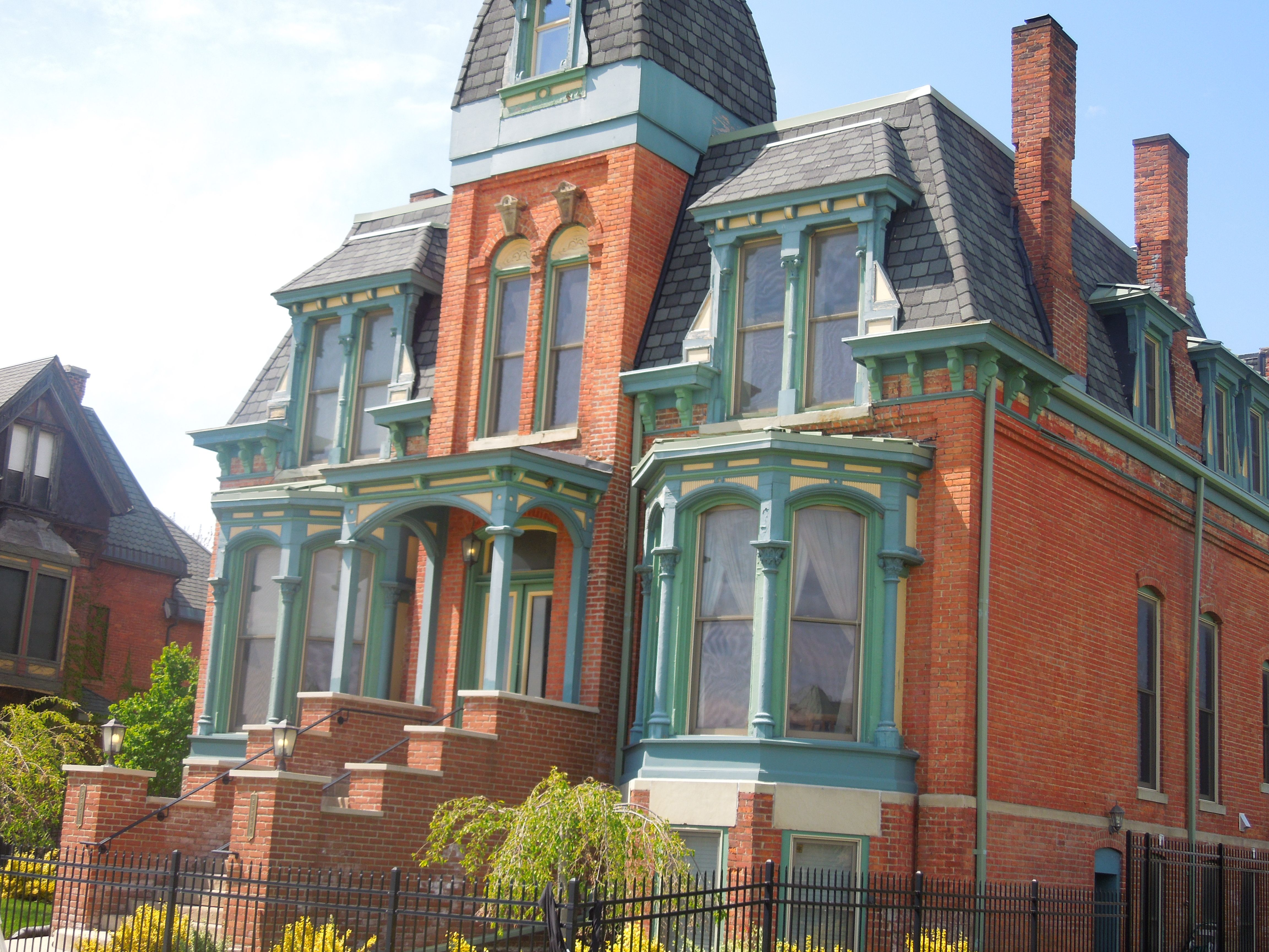 One Of The Restored Mansions Of Brush Park In Detroit Detroit Neighborhoods Victorian Homes American Mansions