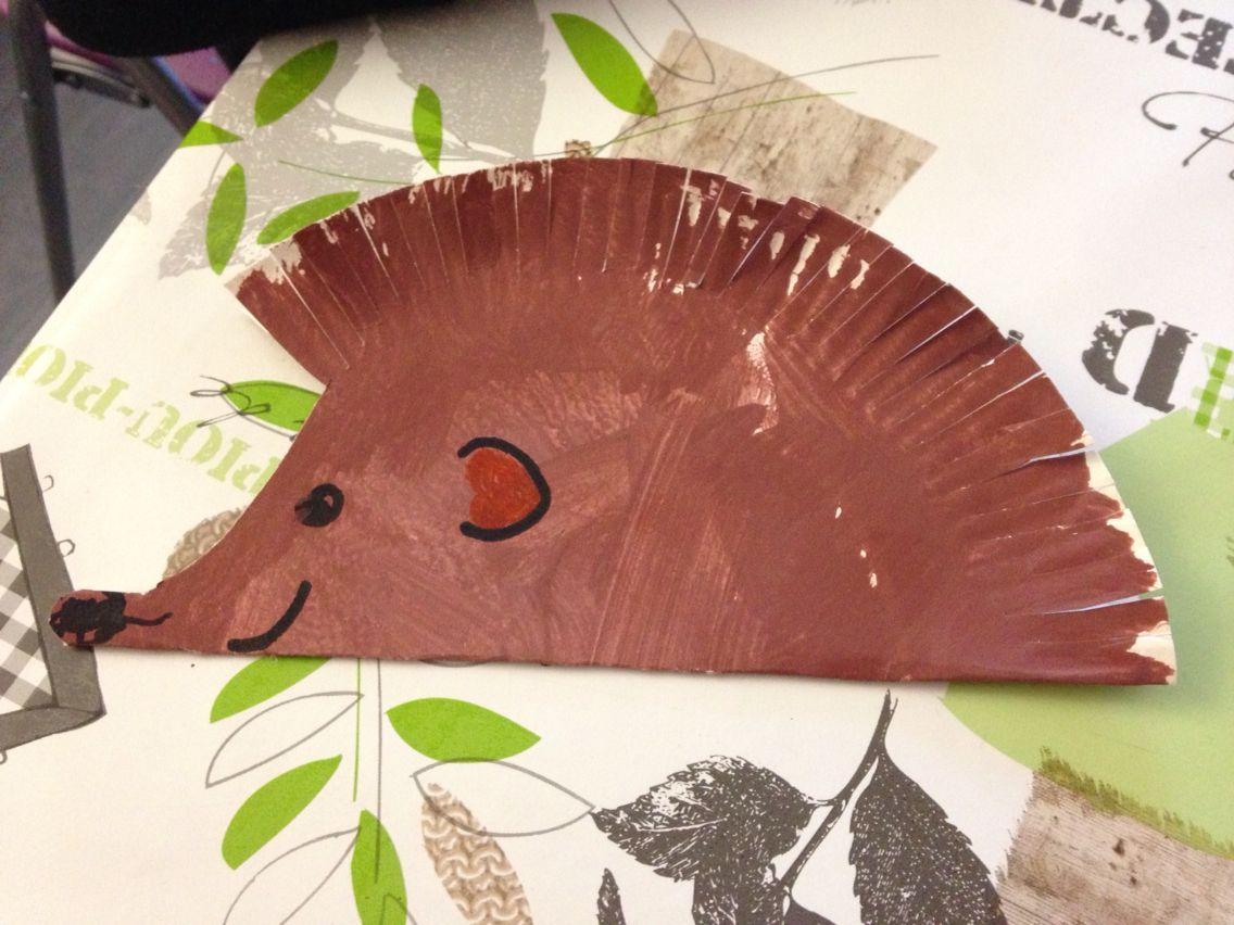 H risson r alis avec une assiette en carton la peindre - Couper une photo sur paint ...