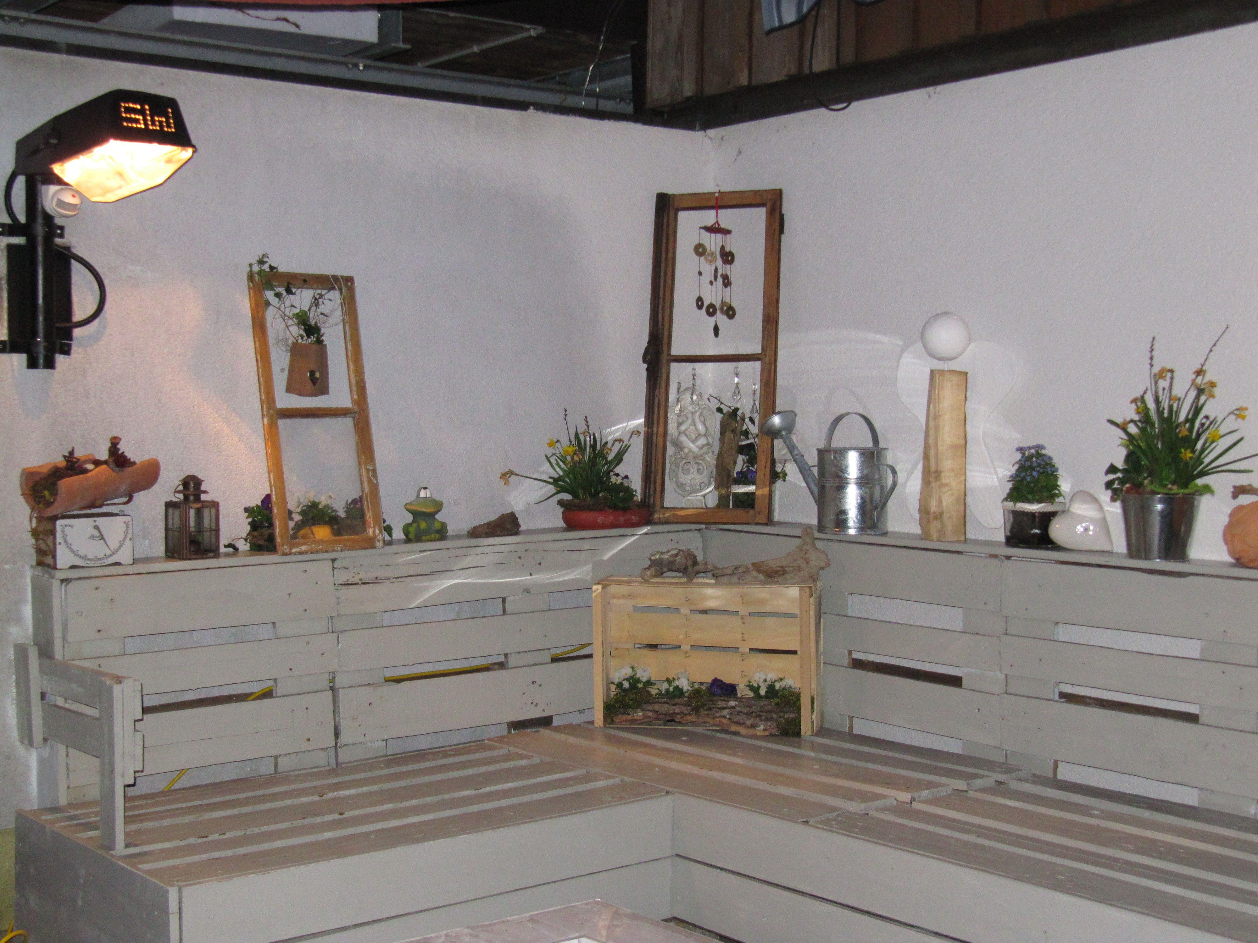 paletten m bel selbst ist die frau 2 pinterest paletten m bel m bel und frau. Black Bedroom Furniture Sets. Home Design Ideas