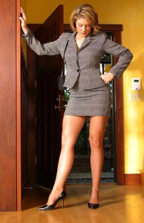 Pin on sexy legs heels