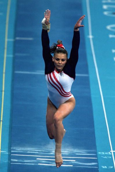 Jamie Dantzscher on vault at the 2000 Olympics She was one of my favorite  gymnasts.