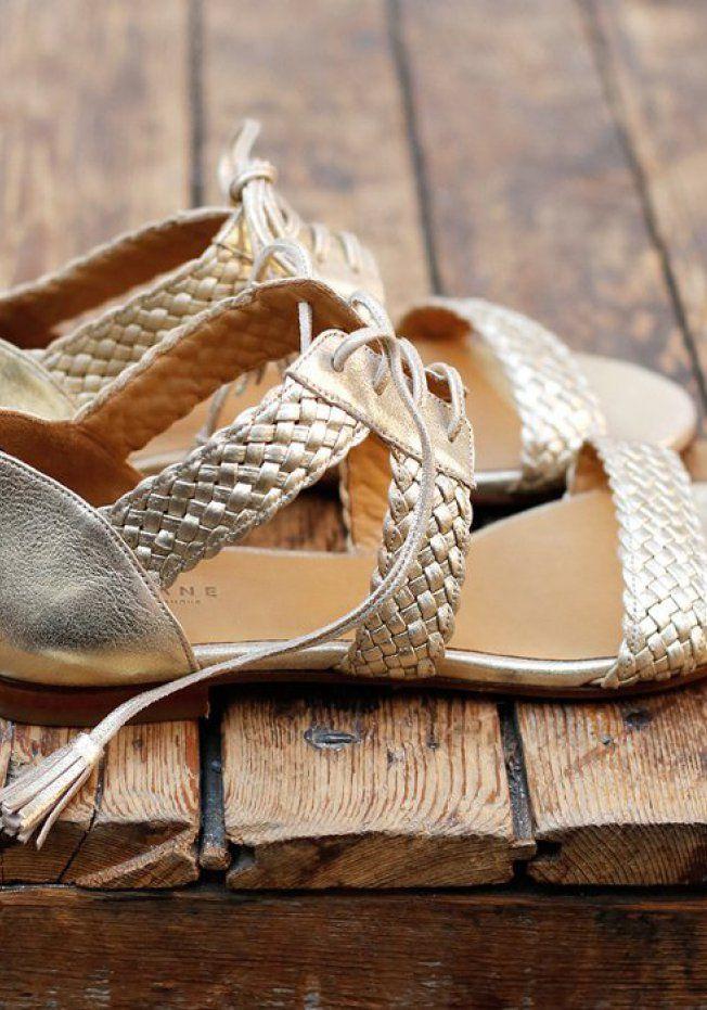 50 paires de sandales plates pour flâner cet été   Summer shoes ... ee20c26c79aa