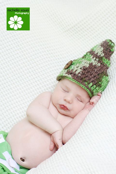 Funny little elf hat. Super easy too! | My Style | Pinterest
