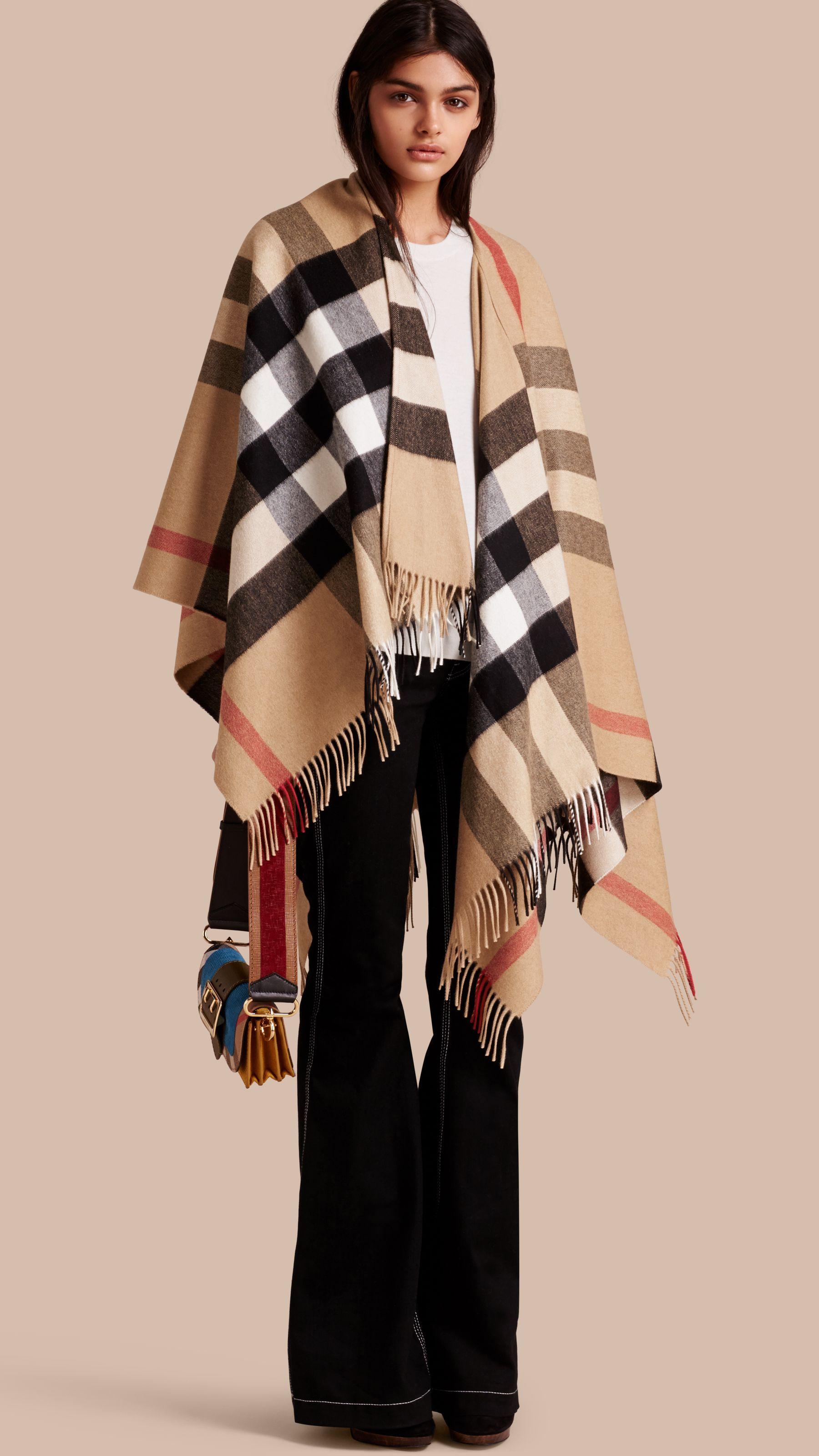 173c126e8ba Poncho in cashmere e lana con motivo check (Cammello) - Donna