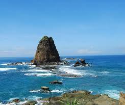 Pantai Ngliyep Malang - Pesona Pantai Malang Selatan   Paket Wisata Malang,Bromo Tour, Ijen Tour, Surabaya Tour
