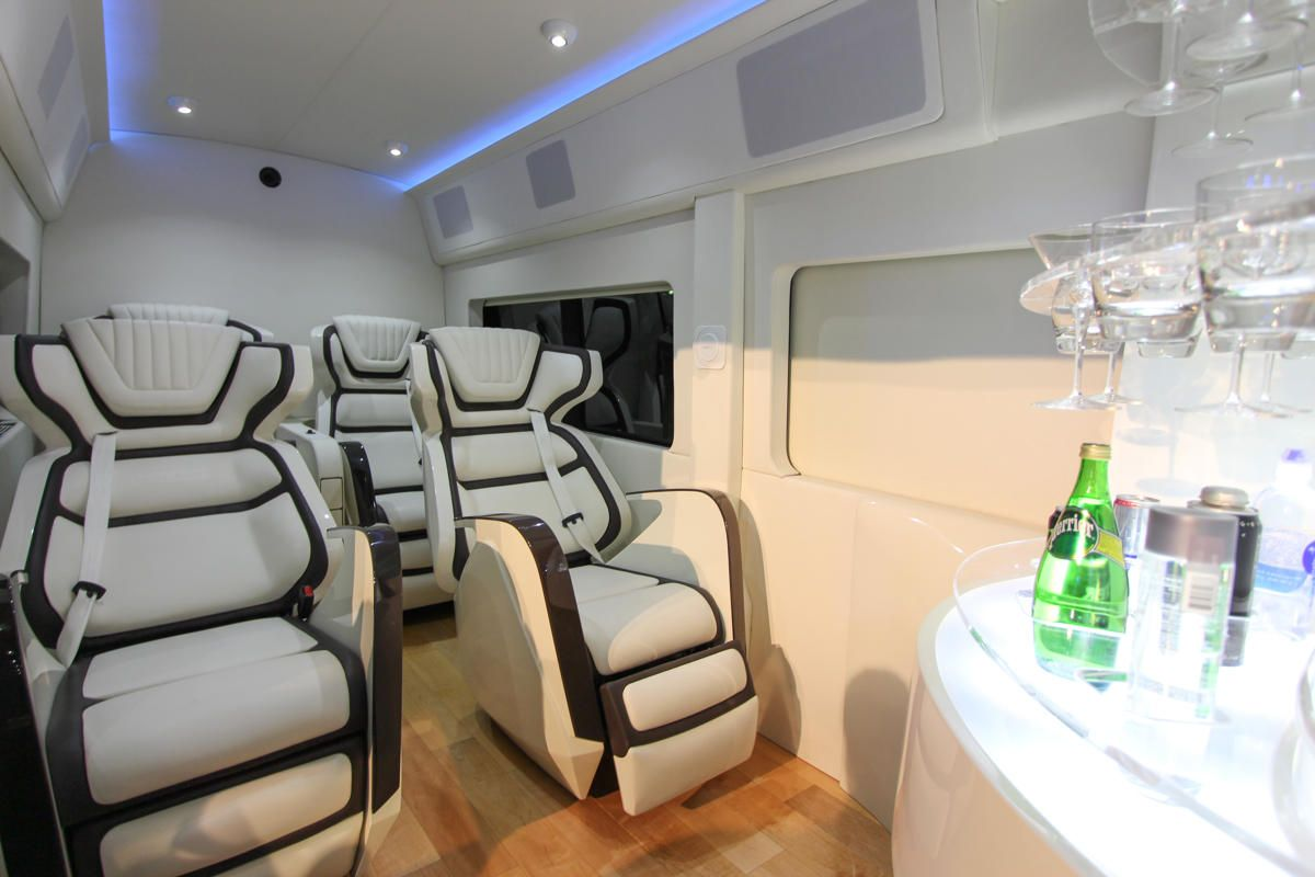 Ford transit skyliner concept revives the ultra luxury van motoramic yahoo autos