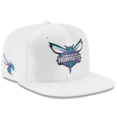 0e5e94dce4e Men s New Era White Charlotte Hornets 2017 Official On-Court Collection  9FIFTY Snapback Hat