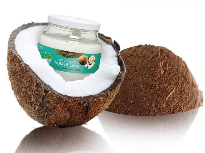 l huile de noix de coco est riche en acide laurique cet acide est tr s important pour le