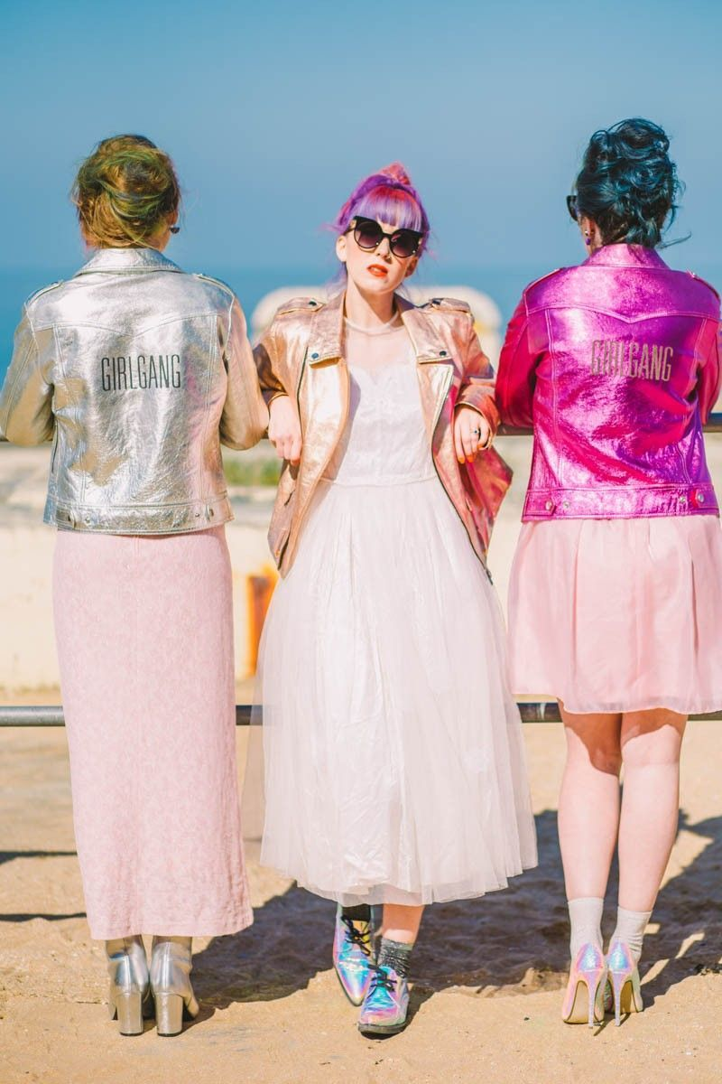 ALTERNATIVE UNIQUE ROCK N ROLL WEDDING DRESSES FOR BAD ASS BRIDES ...