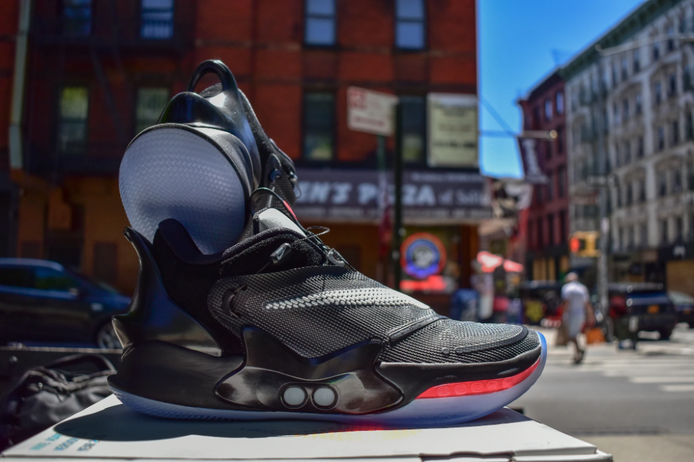 septiembre escaramuza Matemático  Unboxing the Nike Adapt BB 2.0 'OG' : A Visionary Shoe for Innovative – The  Savvy Ranger in 2020 | Adaptations, Nike, Unboxing