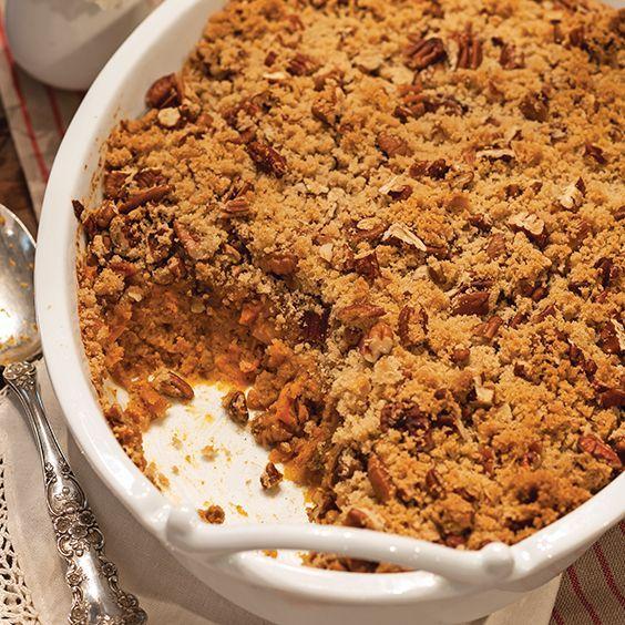 Gerösteter Süßkartoffelauflauf - Paula Deen Magazine #sweetpotatocasserole