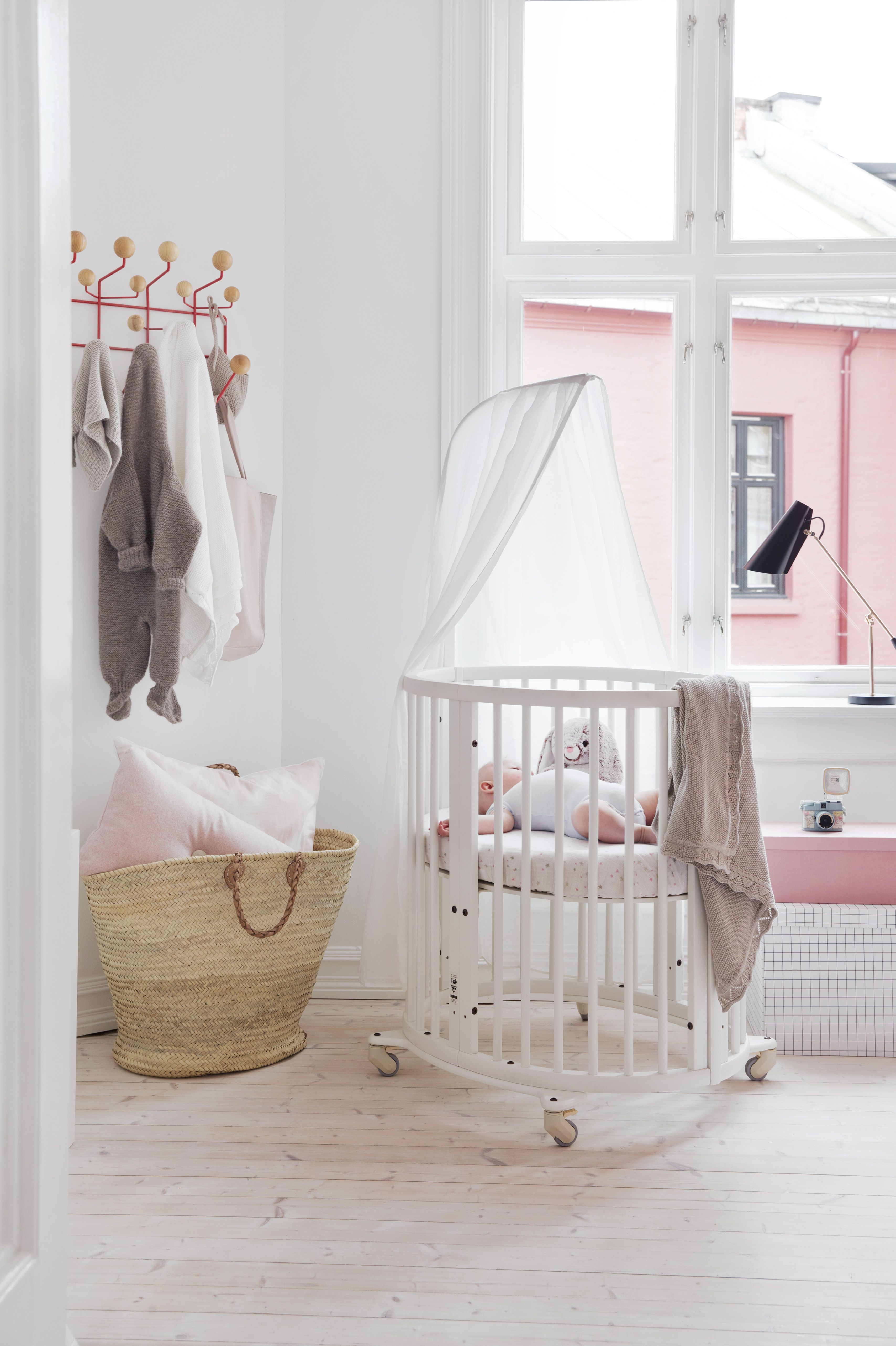 make a dreamy nursery space a reality with stokke sleepi mini crib stokke love pinterest. Black Bedroom Furniture Sets. Home Design Ideas