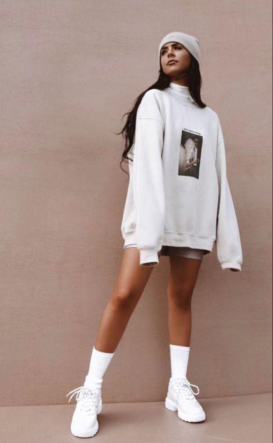 Sand Streetwear Loose Oversized Sweatshirt | Vsco Girl Outfits | Vsco Girl Checklist