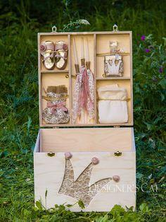 des.PRINCESS #χειροποίητο #κουτίβάπτισης #Handmade #christening #box of natural birch wood #vaptisi #βαπτιση #designerscat http://www.catinthehat.gr/gia-koritsi/koutia-koritsia/kouti-princess.html