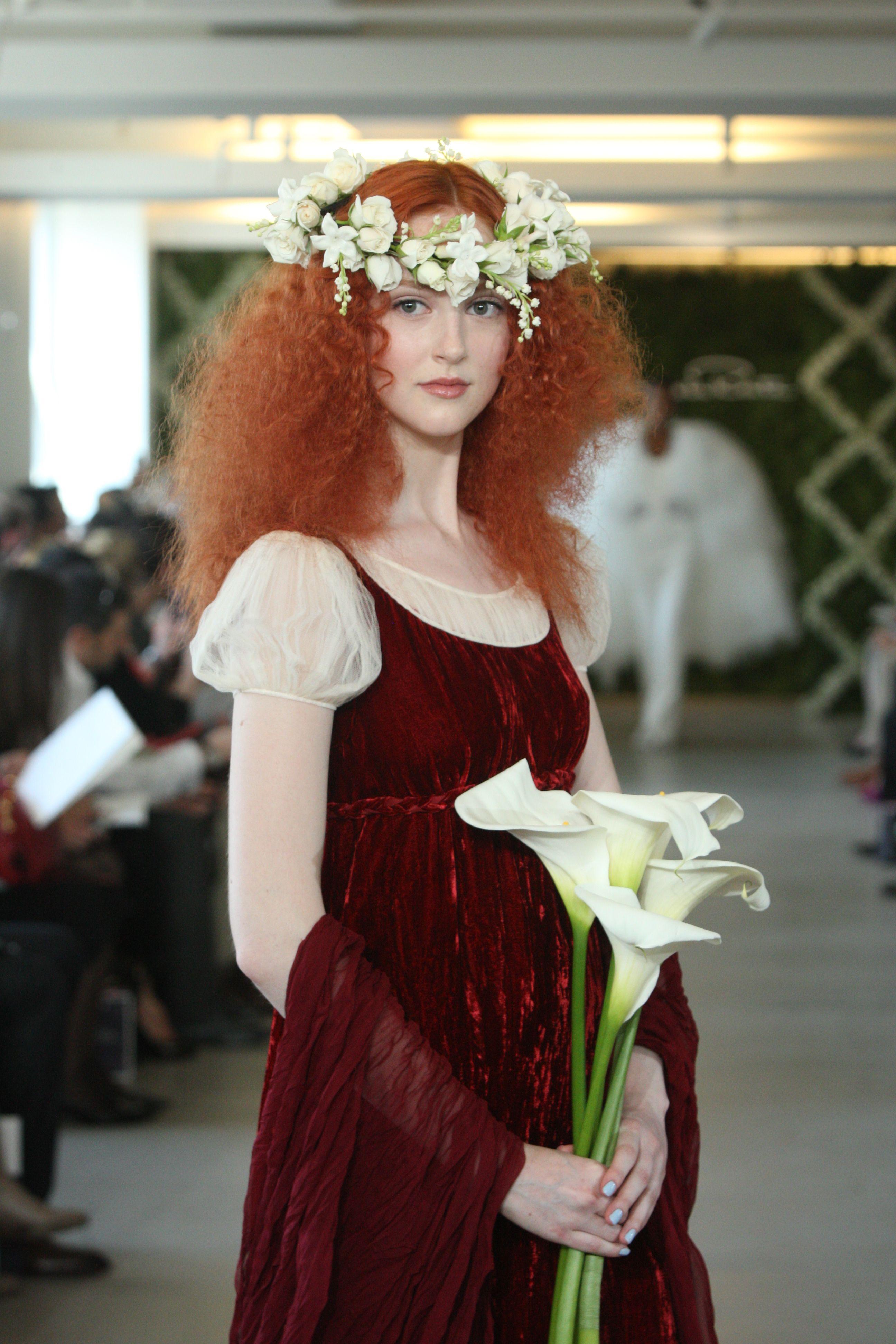 #Varin #OscardelaRenta #Fashion #Hair
