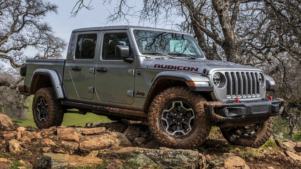 2020 Jeep Gladiator Pickup Truck Review In 2020 Jeep Gladiator Jeep Cars Pickup Trucks