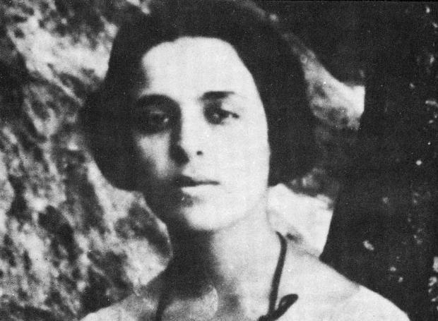Μαρία Πολυδούρη | Greek culture, Literature, Classic story