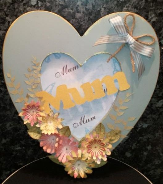 Hanging heart project - using Brother Scan n cut for flowers and words