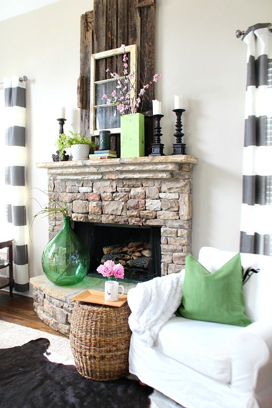 Spring Mantel at