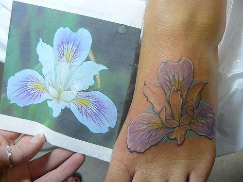 an iris on my foot