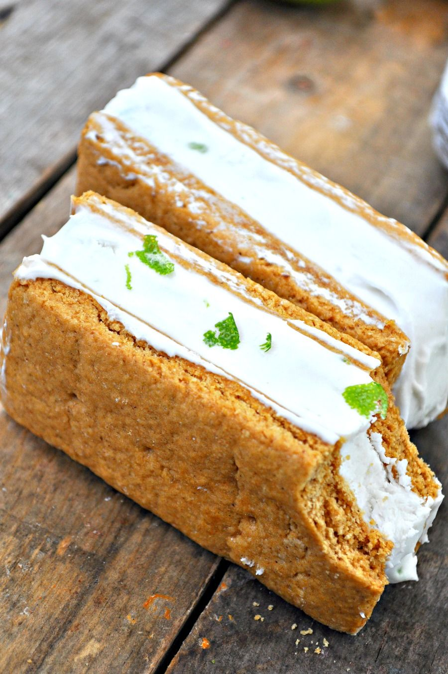 Vegan Key Lime Pie Ice Cream Sandwiches - Rabbit and Wolves #icecreamsandwich