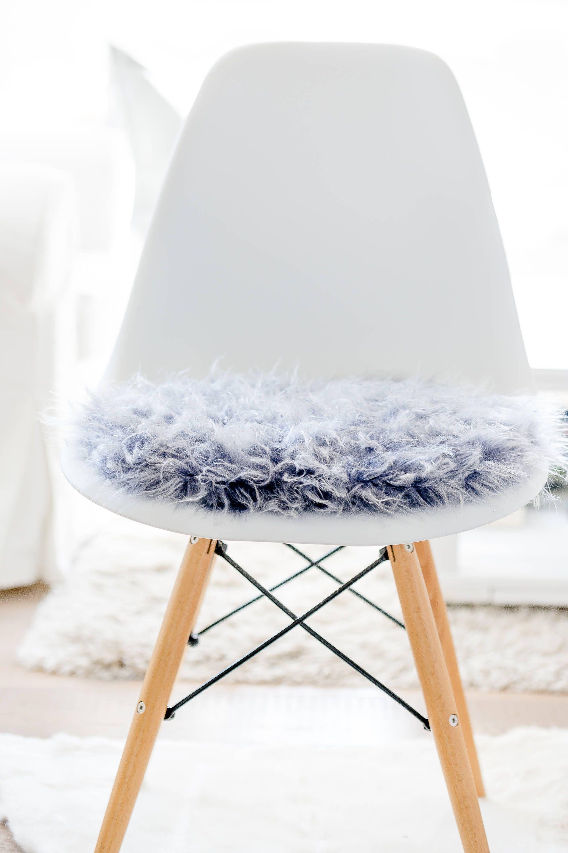 sitzkissen fr eameschair aus silbergrauem kunstfell limitiert - Eames Chair Sitzkissen