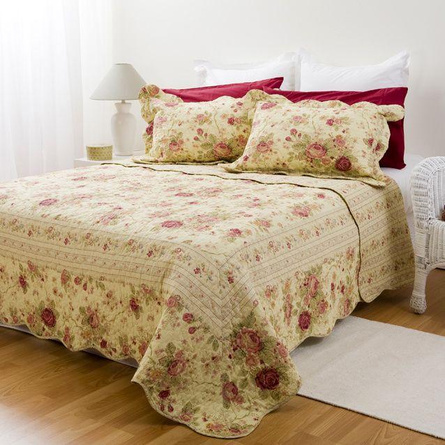 Bellas Rose Cottage Via Jennifer Beaton: Chic Shabby Antique Tea Rose Super Oversize Quilt