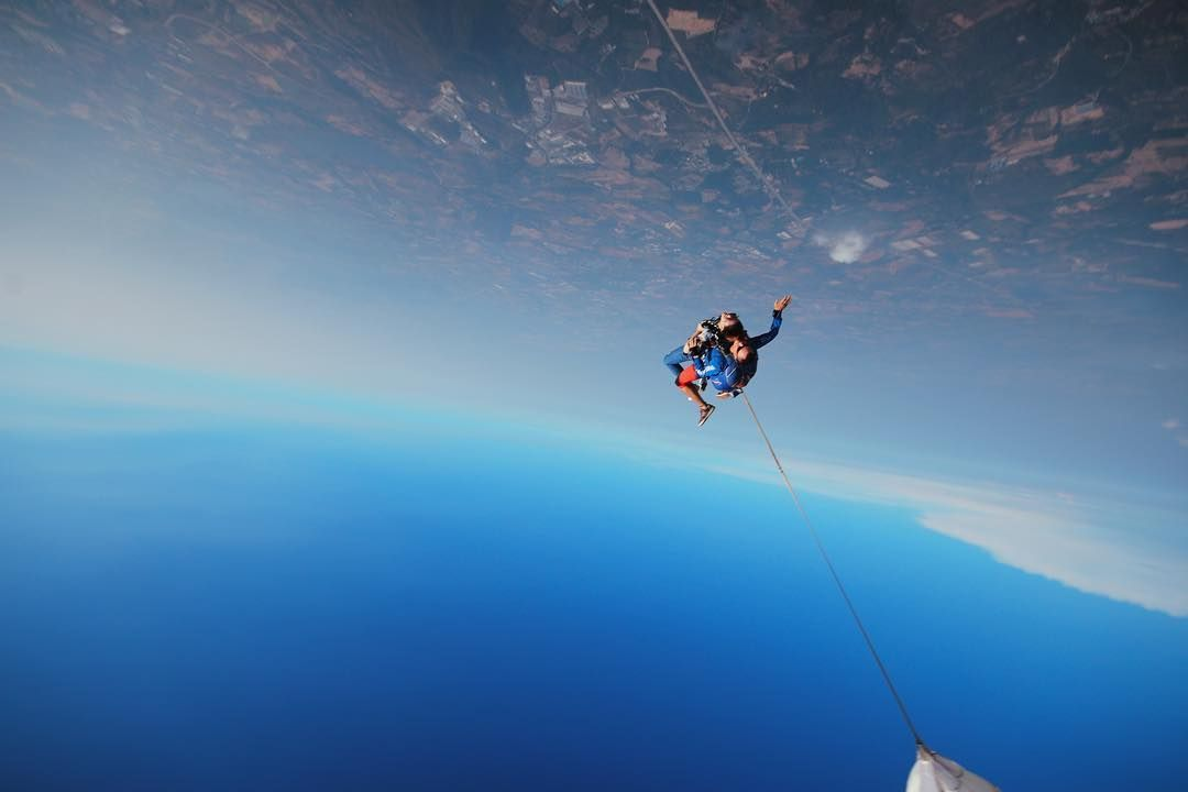 Watch The Best Youtube Videos Online Inception Photo Provided By Thai Sky Adventure Skydive Skydiving Sky Adventure Travel Photography Above The Clouds