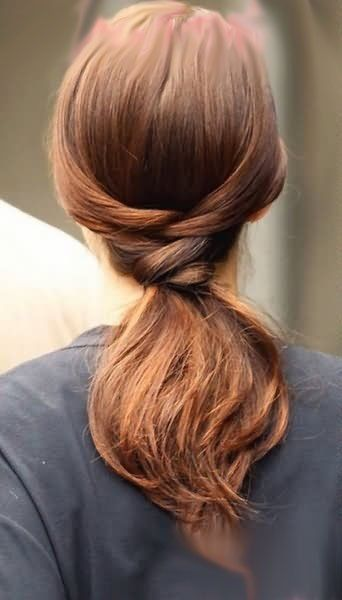 Simple Hairstyles Simple And Very Elegant Low Ponytail  Great For Casual Outings
