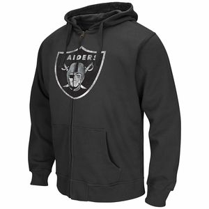 caf5b111ecb9e REPRESENT YOUR TEAM The Nike KO Staff Practice (NFL Bengals) Men s  Performance Hoodie is designed with proud team details on warm T…