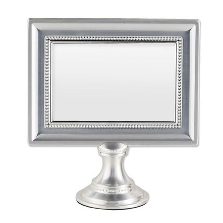 I pinned this Pedestal Picture Frame from the All That Glitters ...