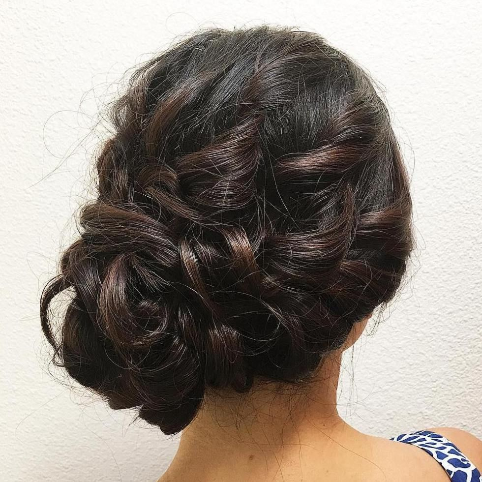 40 Casual And Formal Side Bun Hairstyles For 2020 Side Bun Hairstyles Prom Hairstyles For Long Hair Curly Side Buns