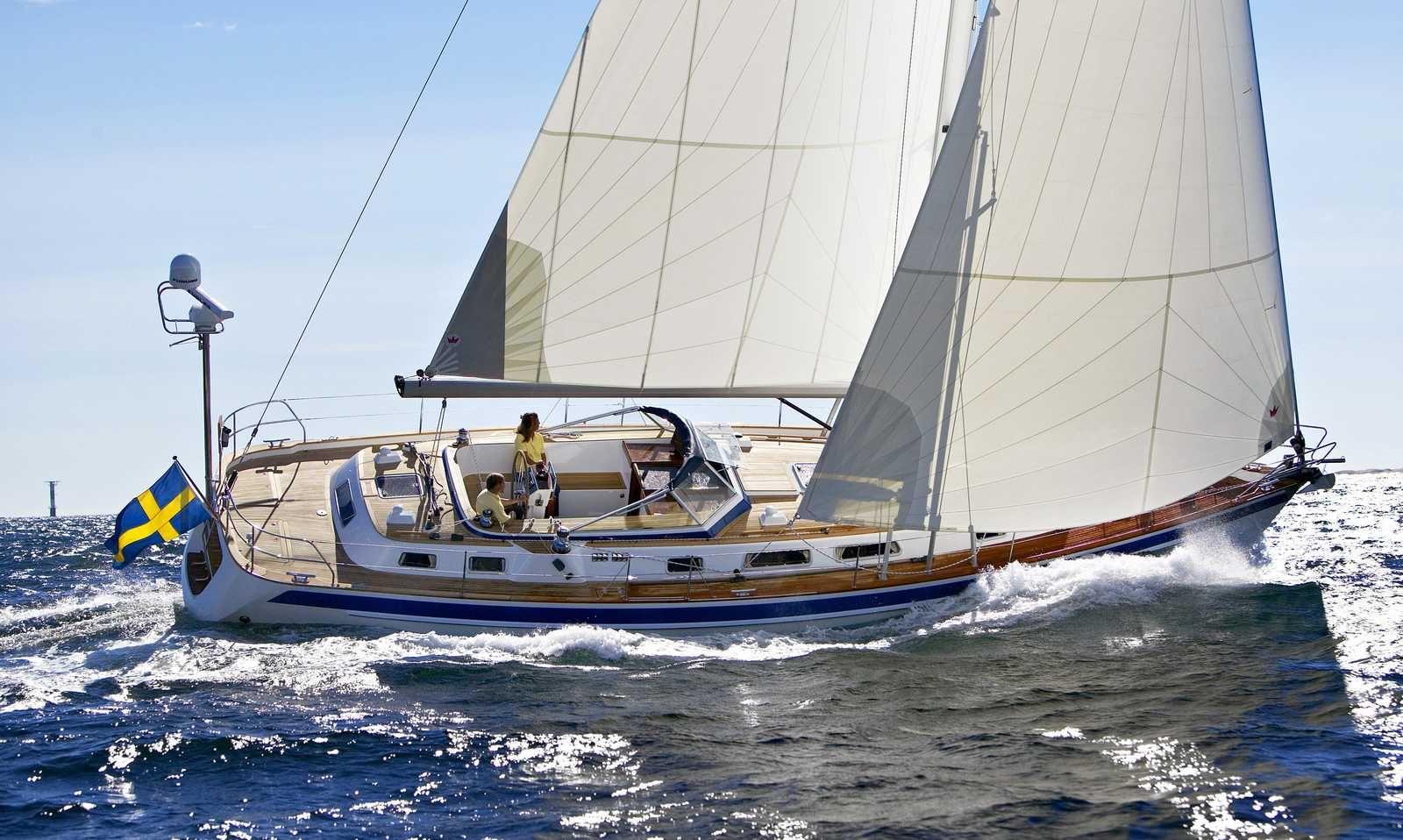 Hallberg Rassy ship in the wind.